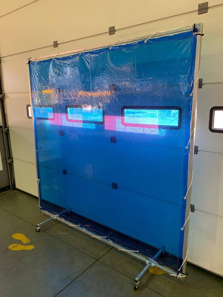 Protection screen with blue sheet